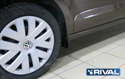 Брызговики передние Rival для Volkswagen Polo седан 2010-2015 2015-н.в., полиуретан, 2 шт., с крепеж